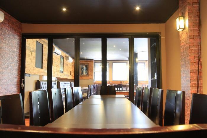 Meeting di restoran