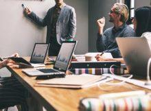 5 Hal yang Harus Dihindari Saat Berada di Dalam Sebuah Rapat